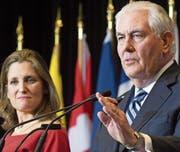 Gastgeber des Treffens: die kanadische Aussenministerin Chrystia Freeland und ihr US-amerikanischer Amtskollege Rex Tillerson bei einer Pressekonferenz in Vancouver. (Bild: Jonathan Hayward/AP (16. Januar 2018))