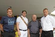 Die noch lebenden Urner Sieger; von links: Walter Wyrsch, Andi Imhof, Sepp Zurfluh und Sepp Herger. (Bild: Elias Bricker)