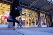Jeans & Co. in der Stadt Zug schliesst. (Bild: Werner Schelbert / Neue ZZ)