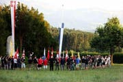 Rechtsextreme versammeln sich am Samstag in Sempach. (Bild: zvg)
