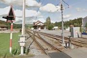 Die BLS-Haltestelle Hüswil wird modernisiert. (Bild: Google Maps)