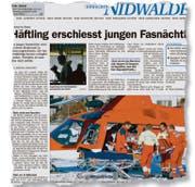 Ein Nidwaldner erschoss einen ihm unbekannten Fasnächtler, berichtete unsere Zeitung 2004. Der getroffene Mann verstarb während des Flugs zum Spital. (Bild: Ausriss Neue Nidwaldner Zeitung)