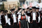 Dieses Jahr fand das Zentralschweizerische Jodlerfest in Schüpfheim statt: hier mit dem Jodlerclub Alpeglöggli Hasle. (Bild Pius Amrein)