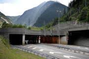 Das Nordportal des Gotthard-Strassentunnels bei Göschenen. (Bild: Pius Amrein/Neue LZ)