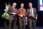 Die neuen Ehrendoktoren (von links): Paul-Henri Steinauer, Patrick Roth und Jakob Tanner. (Bild: pd)