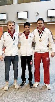 Christian Zemp (links) mit seinen Kollegen Maithem Abd al Sada und Damian von Euw. (Bild: PD)