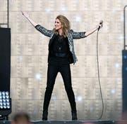 Céline Dion gab sich als Gesangsstar und nahbarer Mensch zugleich. (Bild: Anthony Anex/EPA (15. Juli 2017))