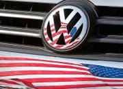 VW sieht sich in den USA weiterhin mit Forderungen konfrontiert. (Bild: EPA/Friso Gentsch)