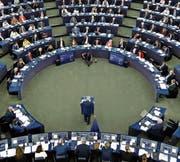 EU-Präsident Jean-Claude Juncker (Mitte) musste für seine Aussagen viel Kritik einstecken. (Bild: Jean-François Badias/AP (Strassburg, 13. September 2017))