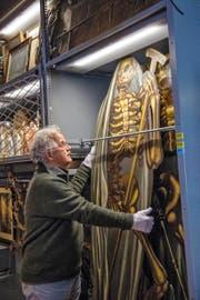 Kurt Lussi, Experte über Geistersagen, im Historischen Museum.Bild: Dominik Wunderli (Luzern, 27. Oktober 2016)