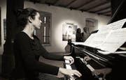 Präsentiert ihr erstes Soloalbum: die Zuger Pianistin Judith Wegmann.