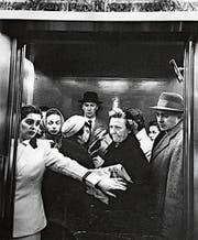 Gedränge in einem Lift an der New Yorker Madison Avenue. (Bild: Getty)