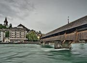 Blick auf die Spreuerbrücke. (Bild: Pius Amrein (Luzern, 28. Juli 2014))