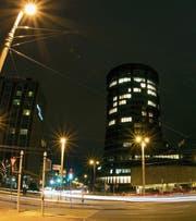 Bei der Bank für Internationalen Zahlungsausgleich (BIZ) in Basel werden die Regulierungen ausgearbeitet, die für die Banken weltweit Gültigkeit haben. (Bild: Patrick Straub/Keystone (6. Januar 2012))