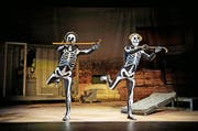 Szene aus dem Stück «Lachen verboten» im Kleintheater. (Bild: PD)