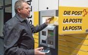Die Paketautomaten sind rund um die Uhr geöffnet. (Bild: Lukas Lehmann/Keystone (Bern, 26. Oktober 2016))