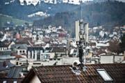 Auf die Talstation der Pilatusbahnen in Kriens soll eine neue Antenne. (Symbolbild) (Bild: Boris Bürgisser/LZ)