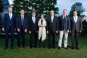 Die Zuger Regierungsräte - hier frisch wiedergewählt nach den Wahlen vom Oktober 2014 - sehen sich selber gut unterwegs. (Bild: Stefan Kaiser / Neue ZZ)
