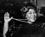 Ella Fitzgerald am 22. Februar 1968 im Carlton Theatre in London, (Bild: BOB DEAR (AP))