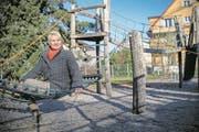 CVP-Einwohnerrätin Anita Burkhardt-Künzler auf dem Brunnmatt-Spielplatz. (Bild: Boris Bürgisser (Kriens, 19. Januar 2018))