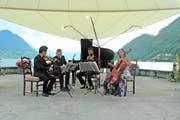 Vor der Seekulisse klingen die Stradivaris noch eindrücklicher. (Bild: PD)