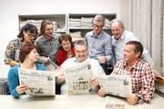 Das Team der «Neuen Schwyzer Zeitung» (von links): Irene Infanger, Helena Gwerder, Sandro Portmann, Blanca Imboden, Harry Ziegler, Charly Keiser, Bert Schnüriger und Erhard Gick. (Bild: Laura Vercellone)