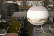 Der Luzerner Fesselballon nach dem Unglück von 2004. (Bild: Archiv Neue Luzerner Zeitung)