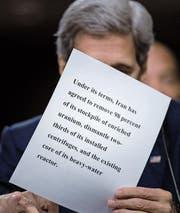 Der damalige US-Aussenminister John Kerry bei einer Senatsanhörung zum Atomabkommen mit dem Iran. (Bild: Brendan Smialowski/AFP (Washington, 23. Juli 2015))