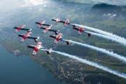 Kunstflugstaffel von Weltruf: Das PC-7 Team der Schweizer Luftwaffe. (Bild: VBS)