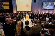 Die Sika-Länderchefs stehen zusammen: «We are not for sale». (Bild Stefan Kaiser)