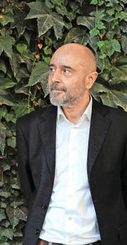 Der Aargauer Linus Reichlin (59) macht in seinem Roman indirekt auch die Einwanderung zum Thema. (Bild: PD/Susanne Schleyer)