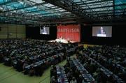 Die Generalversammlungen der Raiffeisen, wie hier in der Waldmannhalle in Baar, stehen in diesem Jahr unter speziellen Vorzeichen. (Bild: Stefan Kaiser (21. März 2017))