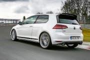 Ist aus Gewichtsgründen nur als Zweisitzer und nur mit Handschaltung lieferbar: der Golf GTI Clubsport S. (Bild Werk)