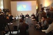 Impression der Medienkonferenz. (Bild: Neue LZ)