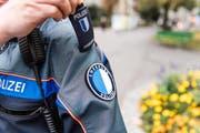 Damit die Luzerner Polizei entlastet werden kann, sollen im Kanton in weniger heiklen Bereichen neu sogenannte Sicherheitsassistenten zum Einsatz kommen. (Symbolbild) (Bild: Roger Grütter)
