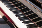 Ein Klavierhändler soll gestohlene Pianos weiterverkauft haben. (Bild Roger Zbinden)