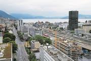 Entlang der Baarerstrasse können künftig Hochhäuser bis maximal 80 Meter gebaut werden. (Bild: Stefan Kaiser (11. Juli 2014))