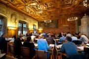 Hier soll keiner fehlen, finden die Motionäre und fordern eine Stellvertreterregelung: Der Grosse Luzerner Stadtrat an einer Sitzung. (Archivbild: Maria Schmid/LZU)