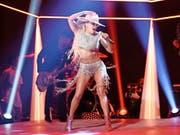 Mag sich gewandelt haben, aber geizt immer noch nicht mit ihren Reizen: Lady Gaga (30). Hier bei einem Auftritt vom 22. Oktober 2016 in New York. (Bild: AP)