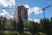 Das Kantonsspital in Luzern. Auf dem Bild ist das neue Zentrum für Intensiv- und Notfallmedizin im Bau zu sehen. (Bild Dominik Wunderli)