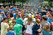 Ferienpass-Kinder bei der Eröffnung im Jahr 2014. (Bild: Archiv Neue LZ)
