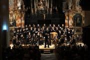 Vielseitige und berührende Chorklänge bot das Collegium Vocale zu Franziskanern beim Jubiläumskonzert. (Bild: Dominik Wunderli)