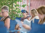 Brille auf: Erstmals gab es in der Schweiz eine 360-Grad-Übertragung eines klassischen Konzerts. (Bild: Manuela Jans/Lucerne Festival)