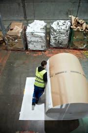 Firmen wie die CPH Chemie + Papier Holding AG in Perlen leiden unter dem starken Franken. (Bild Corinne Glanzmann)