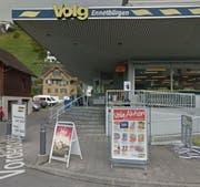 Wird die neue Poststelle beherbergen: Die Volg-Filiale in Ennetbürgen. (Bild: maps.google.com (Screenshot))