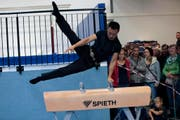Olympiasieger Donghua Li zeigt sein Können. (Bild: PD / Thomas Huwyler)
