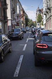 Die Verkehrssituation an der Zürichstrasse in Luzern, welche an der Spange Nord liegt. (Bild: Nadia Schärli (Luzern, 18. August 2017))