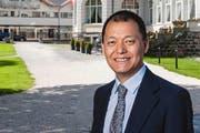 Der Investor Yunfeng Gao möchte das Hotel Palace kaufen. (Bild: Roger Gruetter (Neue LZ))