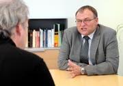 Georg Hess beim Interview. (Bild Laura Vercellone/Neue SZ)