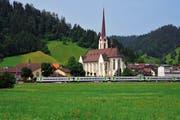 Die Regioexpresszüge (im Bild bei Escholzmatt) verkehren ab Fahrplanwechsel 2015 nicht mehr zwischen Luzern und Bern. (Bild: BLS)